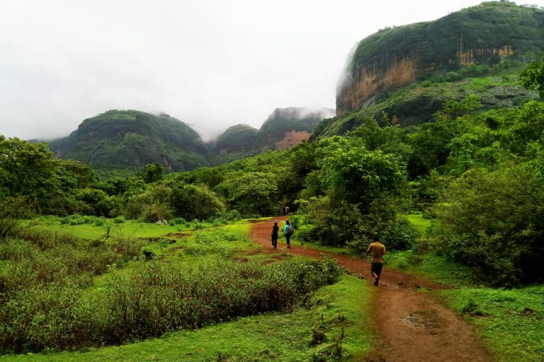 7 Essential Things to Carry While Trekking in Monsoon